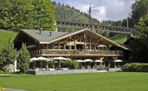 A 'BIG Moment' in Gstaad to support breast cancer research