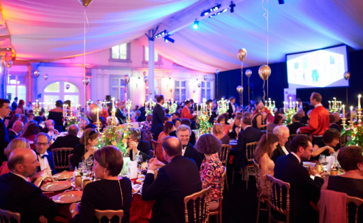 A festive evening gala marked by generosity and hope
